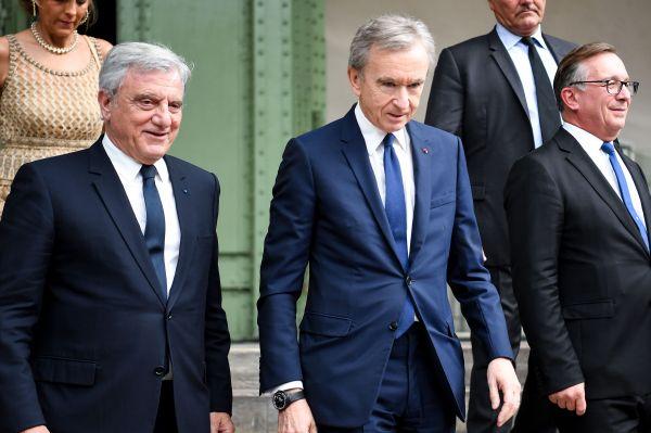 千亿富豪俱乐部再添新成员,这次是个法国人……