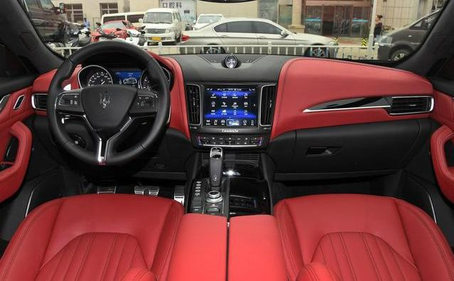玛莎拉蒂Levante SUV86万起,全系降价10万,这样的价格你会买吗