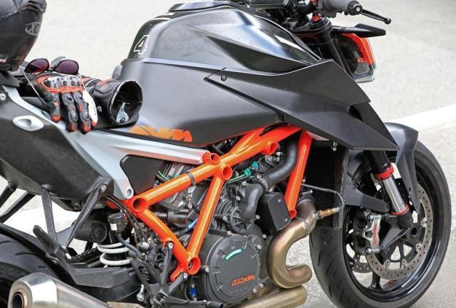 欧系街霸战提前开打?KTM 1290 SDR 2020改款测试车曝光
