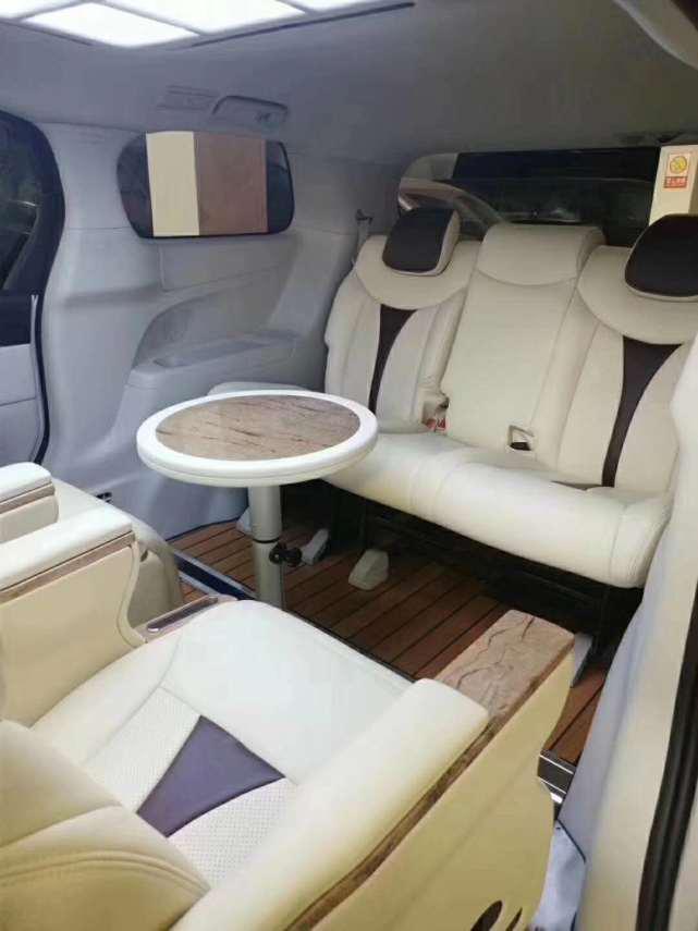 别克GL8推出豪华八件套,新款老款都可变身,让爱车更加优秀