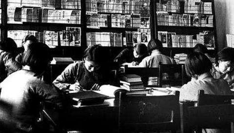 他是民国大师,骂过胡适,监狱中写出两本奇书,揭露日军所犯罪行