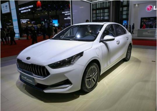 这款好看又实惠的新车终于要来了,百公里油耗只有1L?