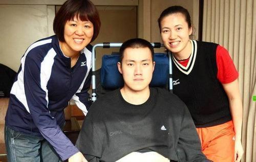 瘫痪12年汤淼发文晒近照,曾为爱与周苏红分手,仍一直关注排球