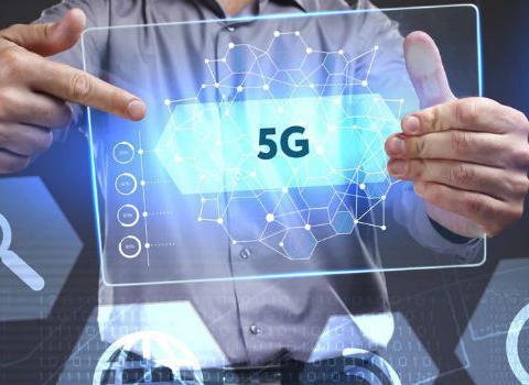 中国移动年内全国建超5万个5G基站背后:为加速建网将原有4G站址