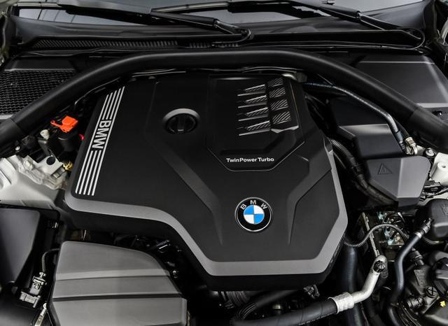 换代3系来袭,产品力大幅跃升,奔驰C级、奥迪A4L如何接招?