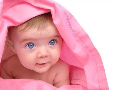 """宝宝视力发育的""""黄金期"""",最好使用这样的做法"""