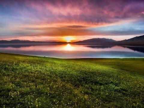 新疆一湖泊,被称为大西洋最后一滴眼泪,美到眼泪掉下来!