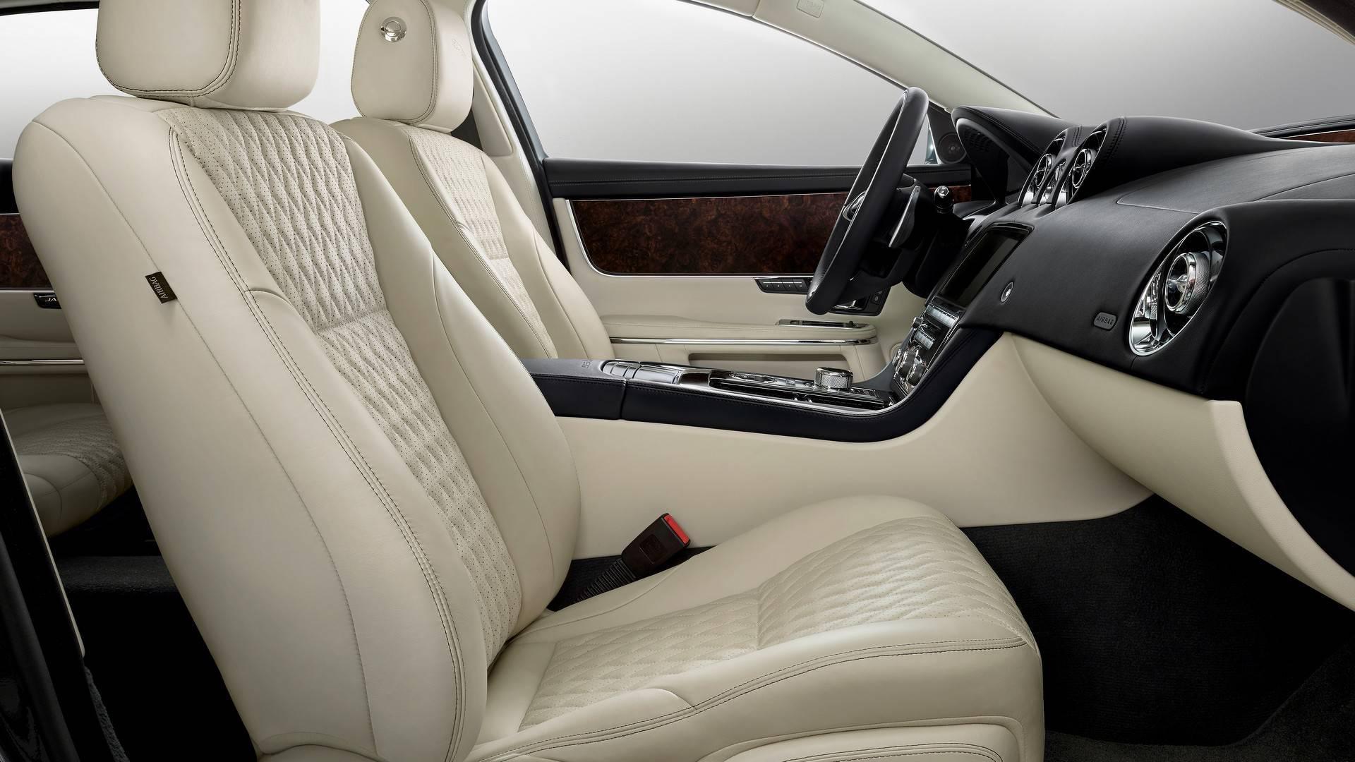 停产还是焕新出发?捷豹XJ推50周年纪念版车型