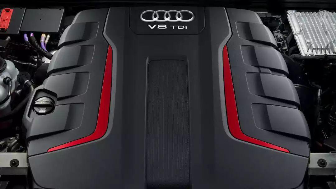 奥迪性能SUV正式公布,百公里加速能跑5秒内!