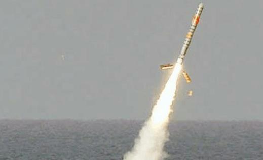 东风-41洲际弹道导弹最远可达1万4千公里的射程