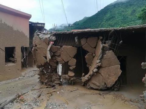 半夜洪水来袭来村干部10分钟内敲醒全部村民,失联4人已找到3遗体