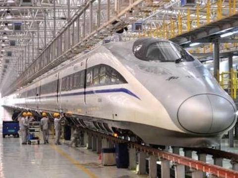 体验过中国高铁的日本游客说:中国高铁先进,但有一点不如我们