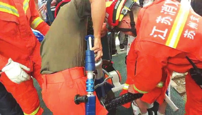 苏州太多儿童发生小意外 暑假还没开始已忙坏消防员叔叔