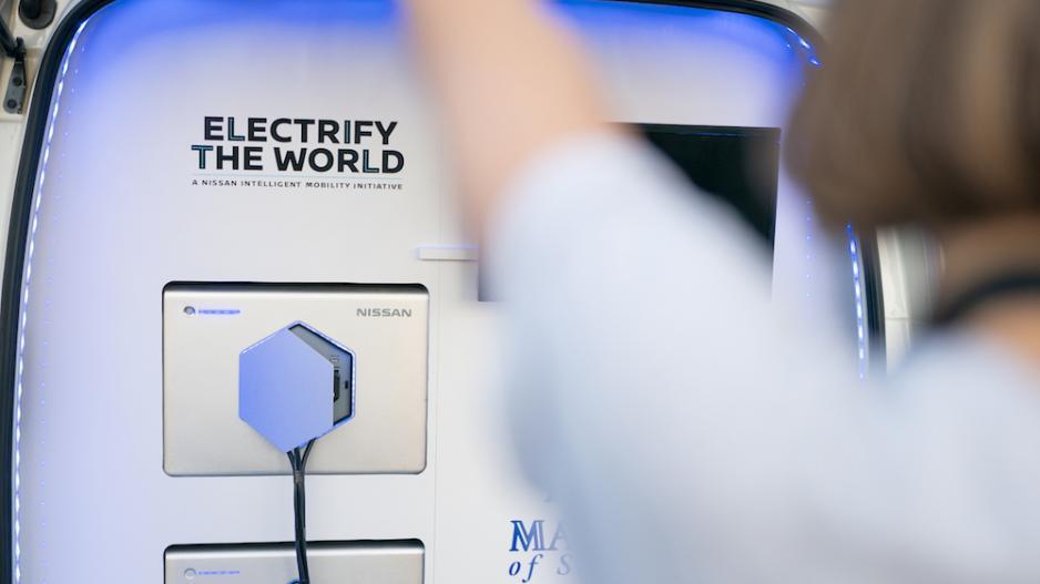 炎炎夏日,我们需要一台日产e-NV200电动冰淇淋车