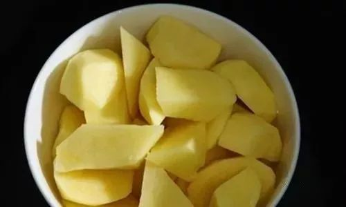 常吃土豆的注意了!几十年来都吃错了,这样吃才最健康!