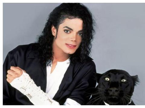 世界巨星迈克尔·杰克逊逝世十年,一生坎坷,值得被我们铭记于心
