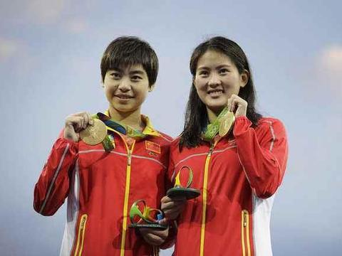 奥运冠军刘蕙瑕大学毕业晒美照,昔日假小子大变身美到认不出
