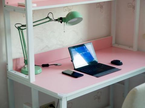 语音操控家中众多智能家电,MINE智慧一体灯不单单是吸顶灯