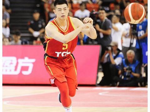 男篮三场热身赛暴露四大问题 主帅李楠临场应变能力再遭质疑