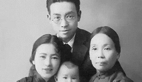 亲儿子差2分考入清华大学,母亲要求查试卷,卷上11字看呆母亲