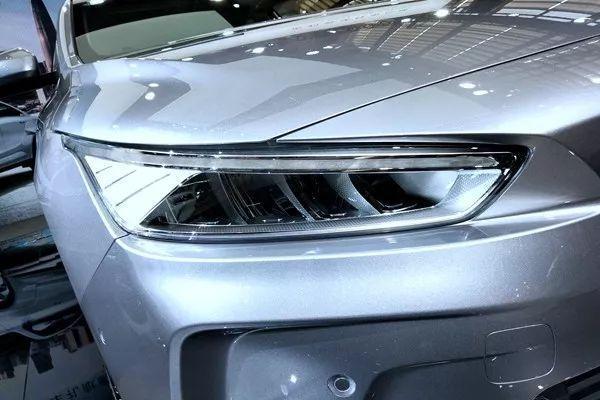 吉利最具未来感的车,关键质感不输特斯拉
