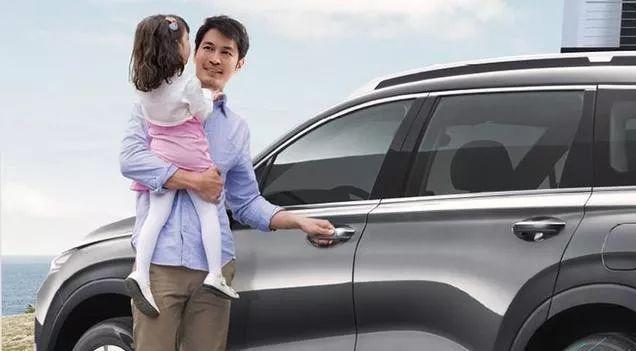 一台标准家用SUV啥样?开着全新胜达去趟长白山,懂了!