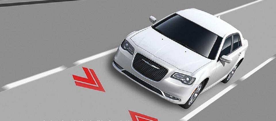 二师兄玩车 |车长超5米,配玛莎拉蒂内饰,V6+8AT,全进口40万起