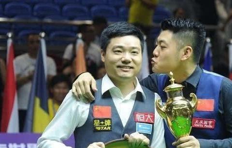 丁俊晖梁文博冲4连冠,或提前锁定世界杯冠亚军,中国2队出击决赛