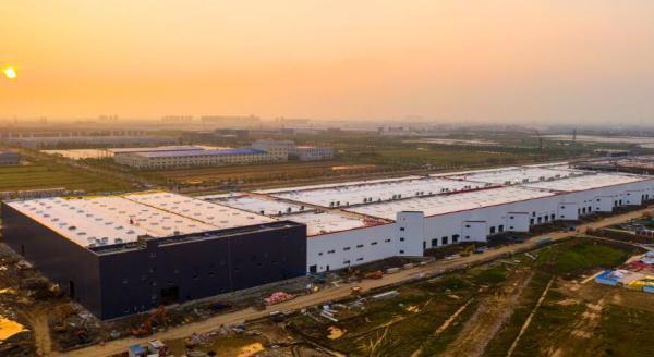 特斯拉上海超级工厂工程进展:已进入生产设备安装阶段
