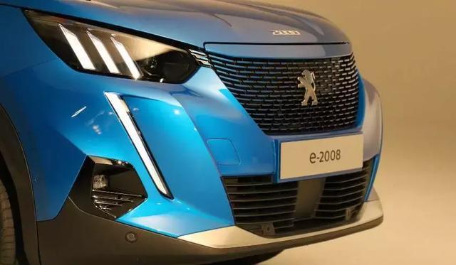 造型科幻,操控升级,年内上市!标致全新2008实车发布