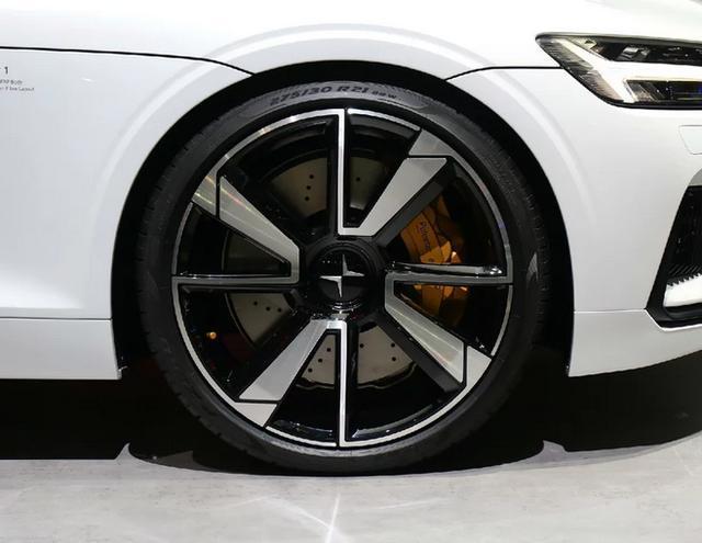 沃尔沃高端子品牌,首车成都量产,海外106万,国内要145万