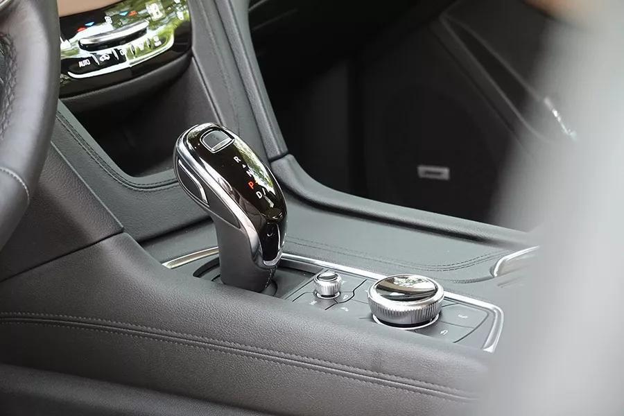 美式制造的黑科技SUV,目标是抗衡德系三强