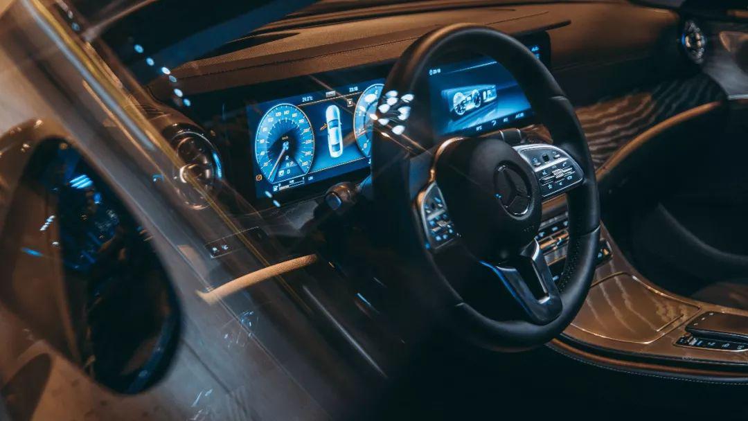 试驾全新CLS 350 4MATIC:颜值即正义,但它不止于颜值