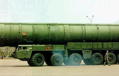 东风41是我国最新一代的陆基洲际弹道导弹