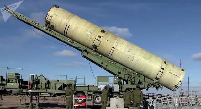 军事观察员尹卓:俄一月内两次试射导弹 应对美军事施压正常反应