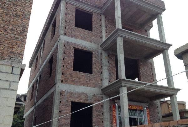 在农村建房,砖混结构还是框架结构好?知道它们的区别
