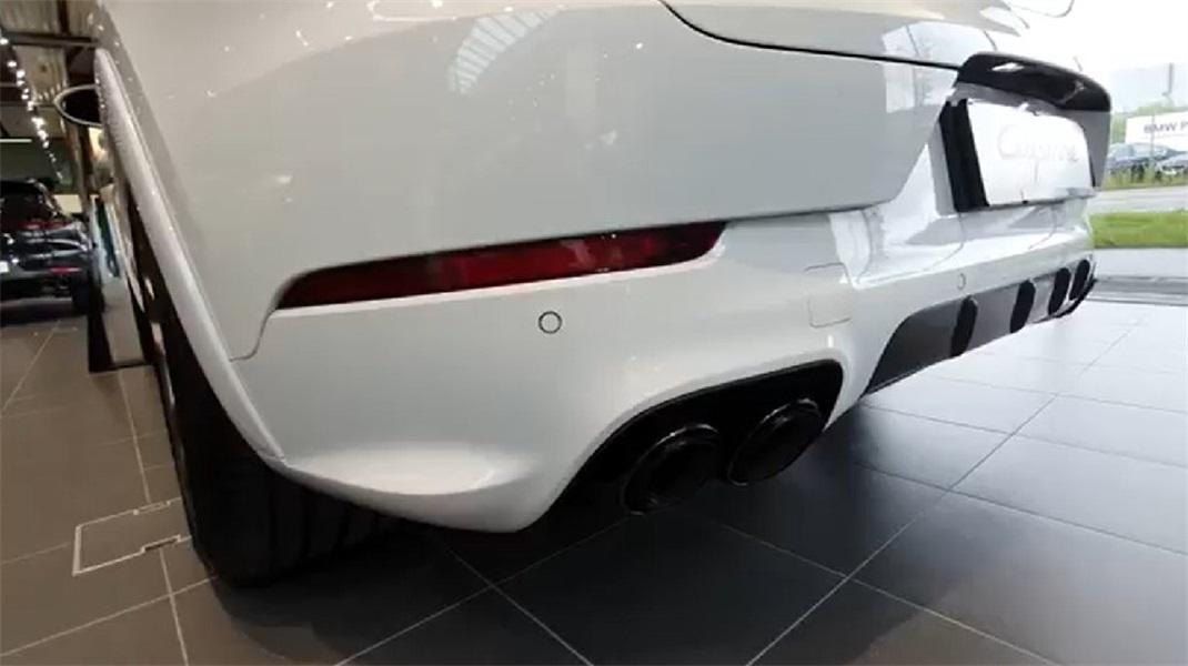 2020款保时捷卡宴Coupe实拍  外观真的很迷人!
