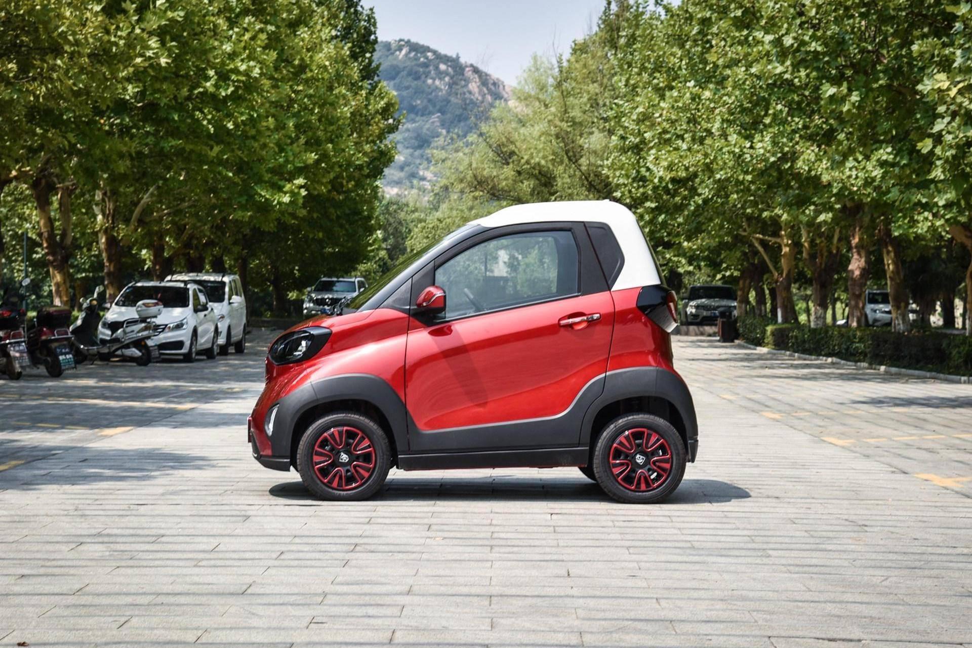 真正的省钱代步神器,比奔驰Smart好看,宝骏三门电动才4万?
