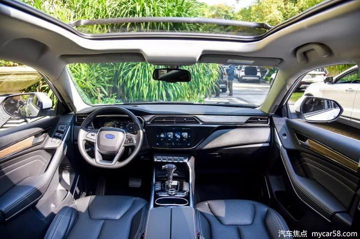 搭1.5T四缸黄金动力,造型帅气还好开,三款十万级SUV推荐