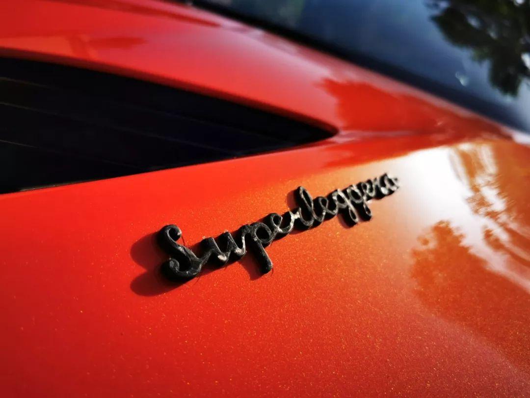 拉风、优雅还要够快?我只想到DBS Superleggera Volante