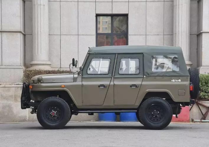 """中国这款""""师爷级""""车型54年没变,如今带T换国6重生,价格仅比雨燕"""