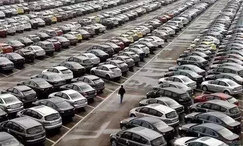 半年汽车经销商变局:比高库存更恐惧的是,4S模式不灵了