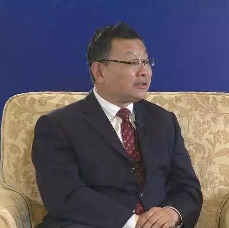 蓝睛对话 | 青岛港有限公司党委书记 董事长李奉利