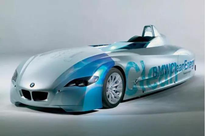 丰田量产MIRAI 奔驰推出GLC 氢燃料电池车 宝马急了?