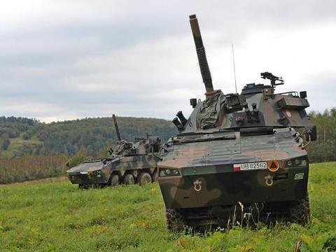 """迫击炮新秀:""""狼獾""""变形版,波兰Rak 120毫米自行迫击炮"""