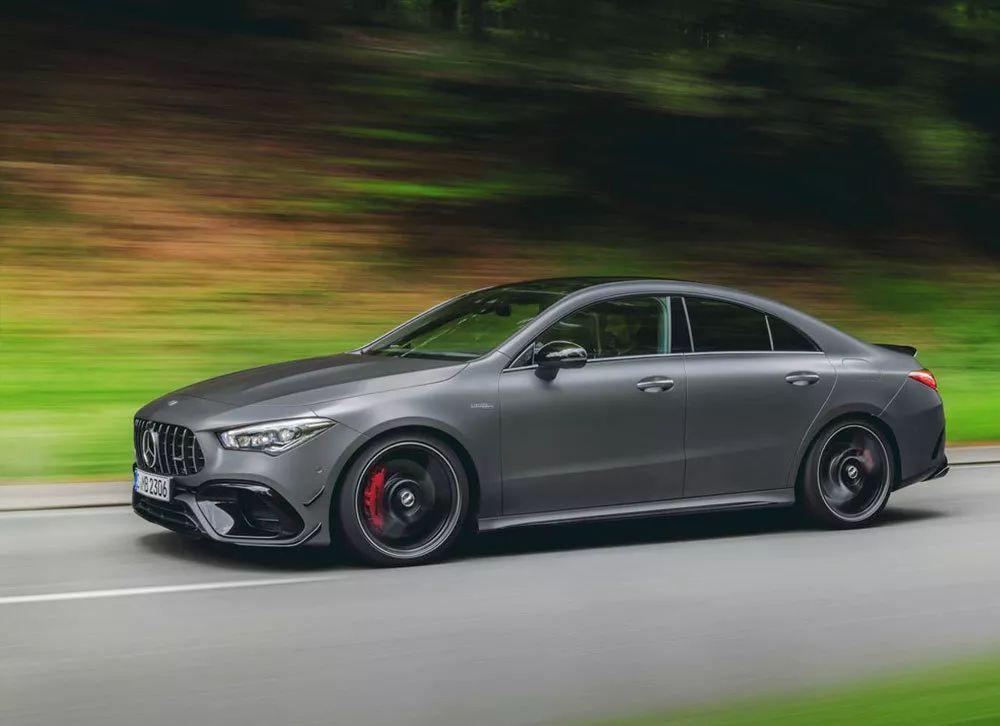 换装新款2.0T发动机,百公里加速4秒,全新奔驰AMG CLA45亮相
