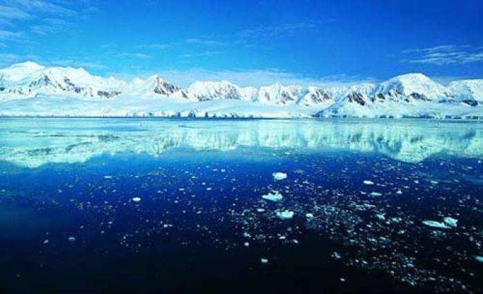 令人心碎!《自然-通讯》最新研究:即使实现《巴黎协定》目标,夏季北极海冰仍可能完全消失