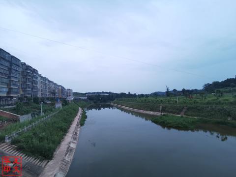 云合镇之夏——王文华