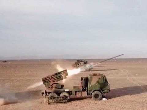 中国研制一多管火箭炮,可倾泻钢铁暴雨