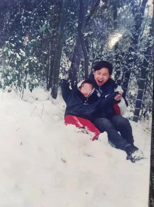 """""""刺头""""教师李尚平生前照片。受访者供图"""